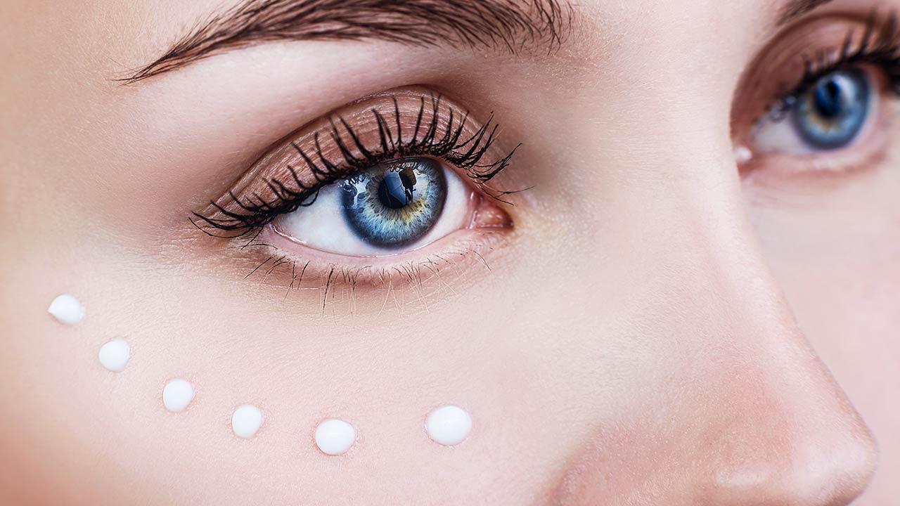 kem-dưỡng-mắt-1